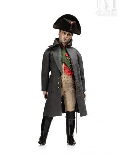 Rare marionnette figurant l'Empereur Napoléon Ier. Marionnette faisant office de…