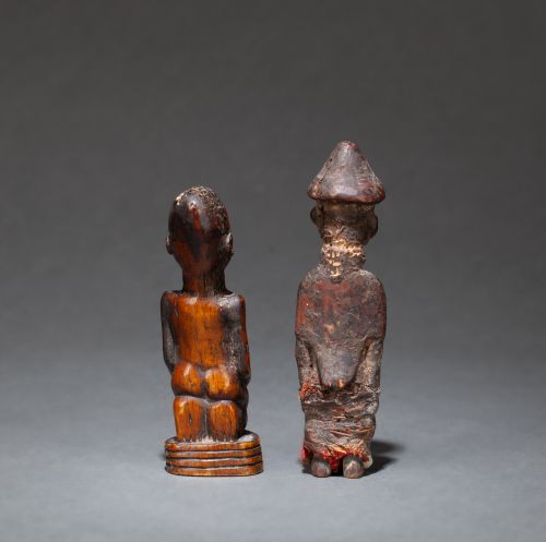 Ensemble : small statuette with a kneeling figure  Bone, erosion from time, old …