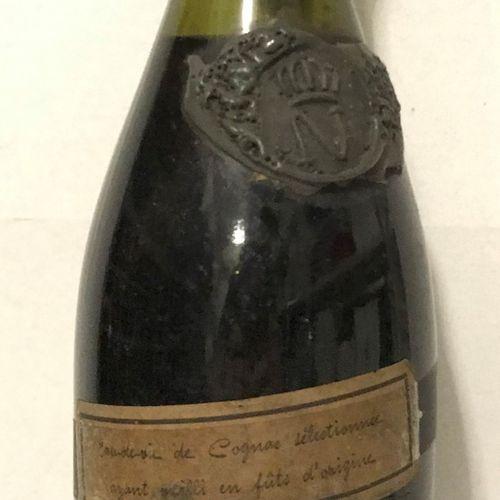 """1 bouteille COGNAC """"N"""", (très vieille bouteille avec cachet de cire, N impérial,…"""
