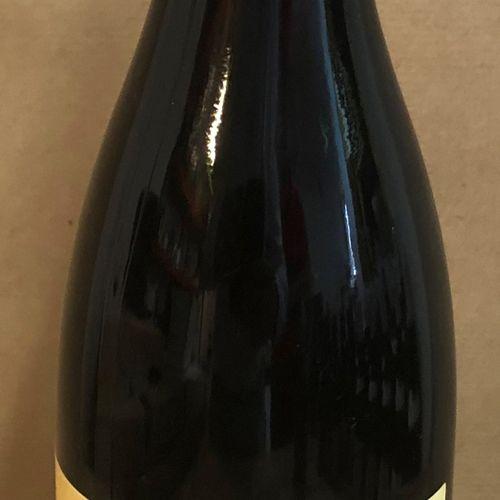 1 bouteille VDP DE L'HÉRAULT, La Grange des Pères 2010 (étiquette légèrement tac…
