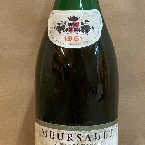 1 bouteille MEURSAULT Champy P&F 1961 (étiquette tachée, étiquette légèrement ab…