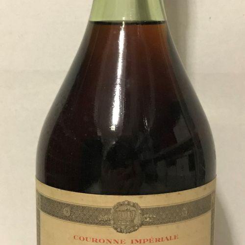 """1 bouteille RHUM """"de Sa Majesté"""", Ed. Kressmann (selon la formule de celui que N…"""
