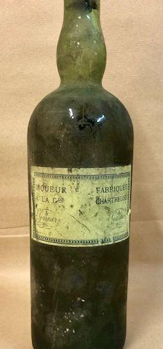 1 bouteille CHARTREUSE (Légèrement Basse, bouchon abimé, période 41 51, Sans Eti…