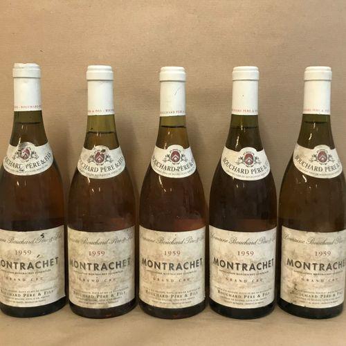 5 bouteilles MONTRACHET, Bouchard P&F 1959 (très bon niveau, étiquette sale, éti…