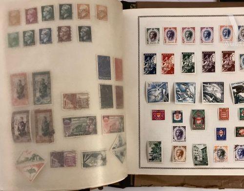 Un gros volume. Collection d'EUROPE et COLONIES *, Ø. Ensemble composé souvent d…