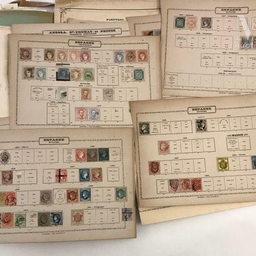 Ensemble de timbres, période classique et semi moderne, présentés sur feuille d'…