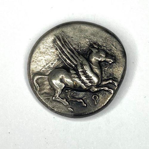 科林斯 (公元前350 306年)  与珀加索斯的关系  A : 雅典娜头像在右边,戴着科林斯头盔  R:飞马在右侧飞行  状态:VG (已清洁)  重量:8.…