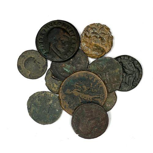 Rome – Divers  Lot de petits bronzes Romains de divers Empereurs  États : B