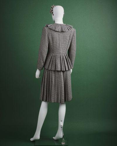 CARVEN HAUTE COUTURE 1980/90's Tailleur  en laine et soie façonné noir et blanc …