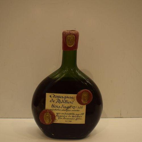 """1 bouteille ARMAGNAC """"Hors d'âge"""", J. De Malliac  (MB)   Lot divisé en de…"""