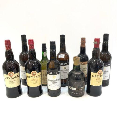"Ensemble de 10 bouteilles  1 bouteille CREAM SHERRY ""Nectar"", Gonzalez Byass  …"