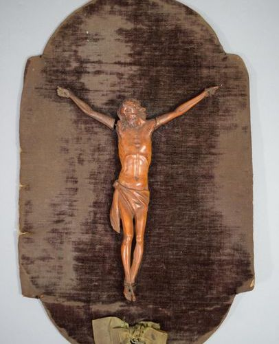 Christ in carved wood XVIIIth, 21 x 15 cm
