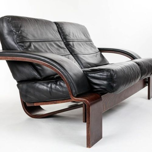 "FRIBYTER Ake (XX)  Sofa leather and wood ""Kroken"" 2 and a half seats,  Height 73…"