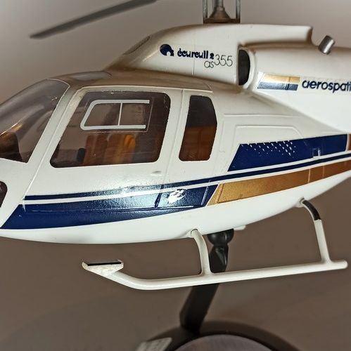 AEROSPATIALE  Model of the helicopter Ecureuil 2 AS 355 at 1/30th. Made of resin…