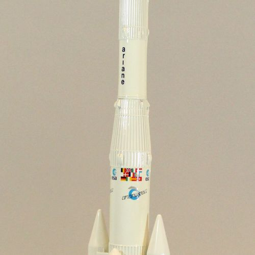 AEROSPATIALE  Model of the 1/100th Ariane 4 rocket in the colors of ESA and Aria…
