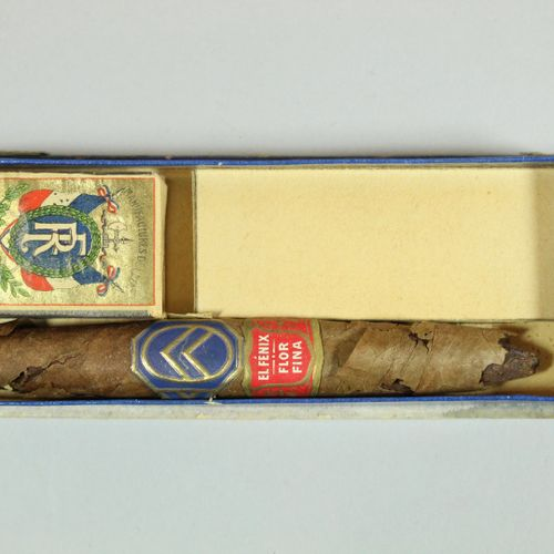 CITROËN  Cardboard box containing a cigar (paper ring with a herringbone decorat…
