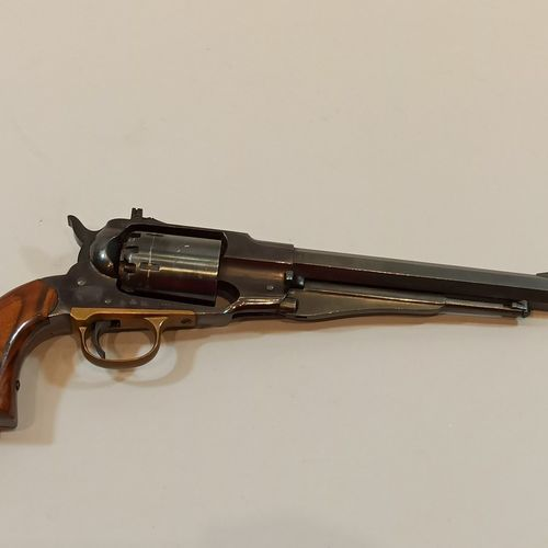 Black powder revolver CAL44  Remington Army 1851  Made in Italy  N° 030437  Blac…