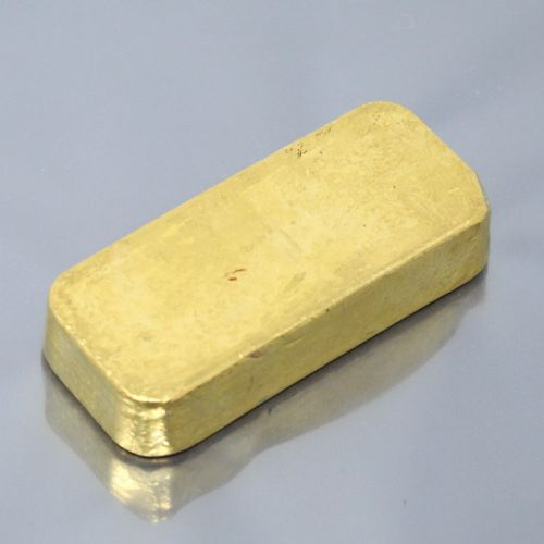 Gold ingot (995.9), numbered.  Accompanied by a test report.  Weight: 995.8 g.  …