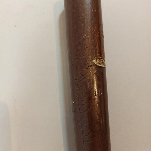 Lot:   Matraque anglaise du XIXème siècle, type militaire,  Long.: 30 cm   Matra…