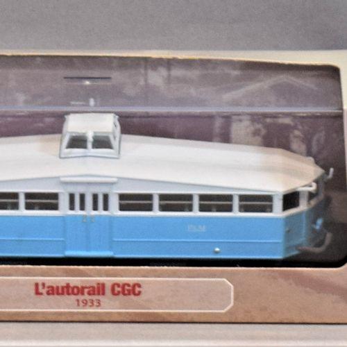 """ATLAS版系列 米其林和汽车用品  三套1/87比例的产品。     被称为 """"夏朗德 """"的宝利来2型 1933年   米其林51型被称为殖民地的1933年 …"""