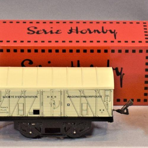 "HACHETTE HORNBY系列  机车和货运车,""O ""比例。     州 ""蒸汽机车   邮政和电报车   坦克车 ""Vins Fin Coopérati…"