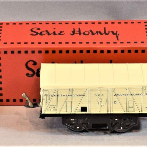 HACHETTE Série HORNBY  Cinq wagons de marchandises, échelle « O » :     Wagon to…