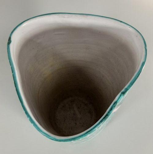 ALLIX Michel Allexandrov (1910 ?)  Vase.  Terre de Vallauris, signature manuscri…