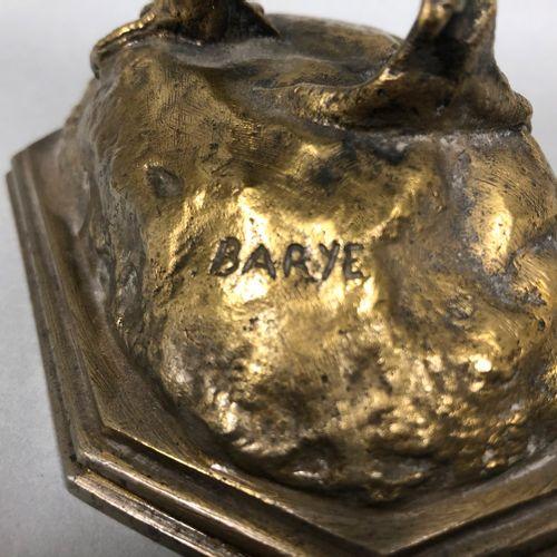 BARYE d'après  le coq  Epreuve en bronze  H : 22cm.