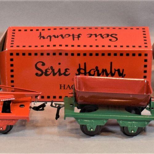 "HACHETTE HORNBY系列  六辆工作车,""O ""比例。     漏斗车   紧急起重机车   起重机车   摇摆式自卸车   自卸式货车   木材运输…"