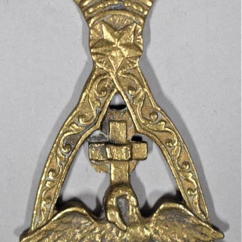 Bijou de chevalier Rose Croix.  XIXe siècle.  H. : 7.7 cm L. : 5 cm