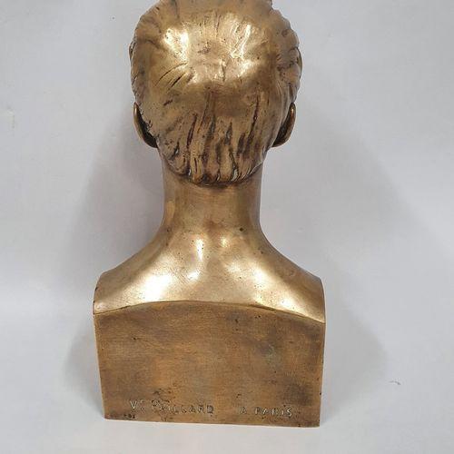 BRIANT L (XIXème siècle)  Portrait de Lamartine, 1843  Bronze à patine doré, tit…