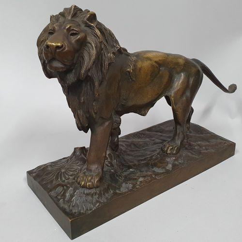 MOIGNEZ Jules, d'après  Lion  Bronze à patine brun clair nuancée  fonte d'éditio…