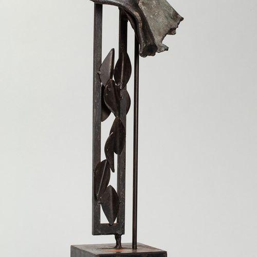 MALTIER Dominique, né en 1954  Sans titre noir  sculpture en métal découpé, plié…