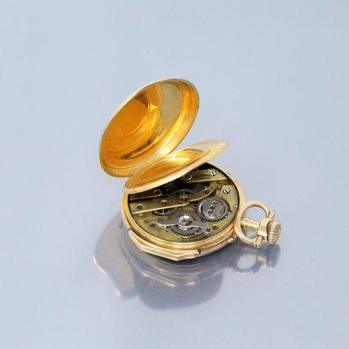 Montre de gousset en or jaune 18k (750 poinçon cheval), la boîte chiffrée, index…