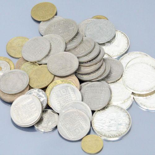 Ensemble de pièces en argent :   5 euros : 2008   100 F commémoratives : 1986 (x…