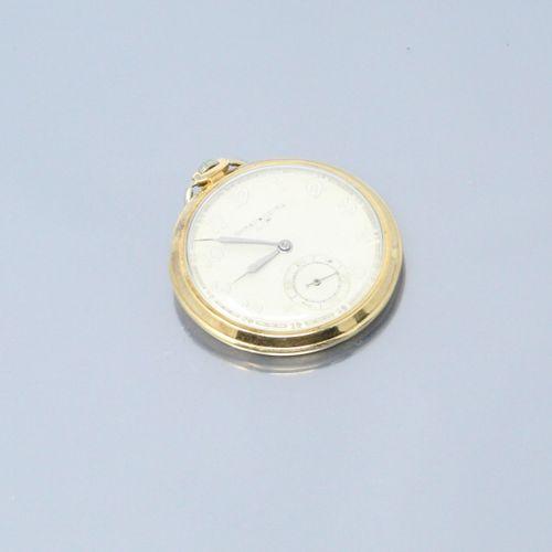 LIP  Montre de gousset en or jaune 18k (750), cadran à fond crème et chiffres ar…