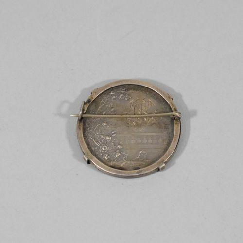 Médaille de mariage en argent, l'avers marqué souvenir et figurant une union, re…