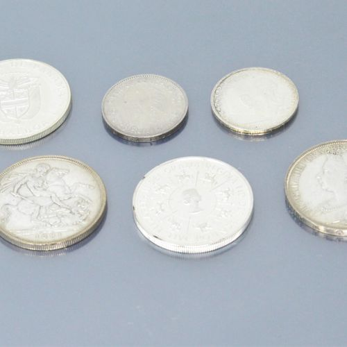 Lot de 6 pièces en argent comprenant :   2 x 5 Reichsmarks, 1935, 1938.   1 Cour…