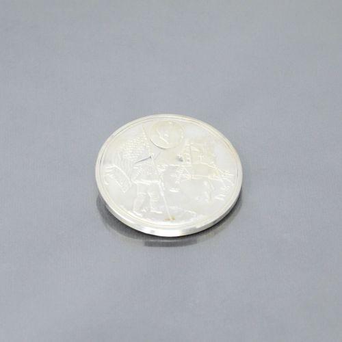 Pièce commémorative de la mission Apollo 11 en argent (999)  Avers : Landing on …