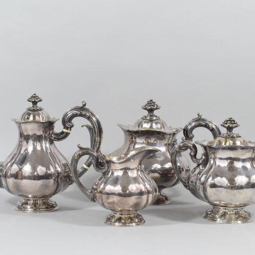CHRISTOFLE  Service à thé et à café en métal argenté de forme balustre à côtes p…