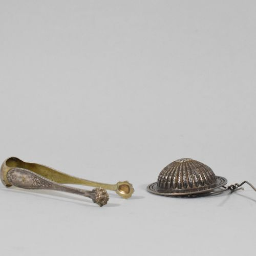 Louis XV style sugar tongs, lion paw tongs and silver tea strainer (Minerve and …