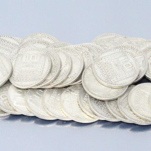 """Pièces en argent de type 10 francs """" Turin """", différents millésimes.    Poids : …"""