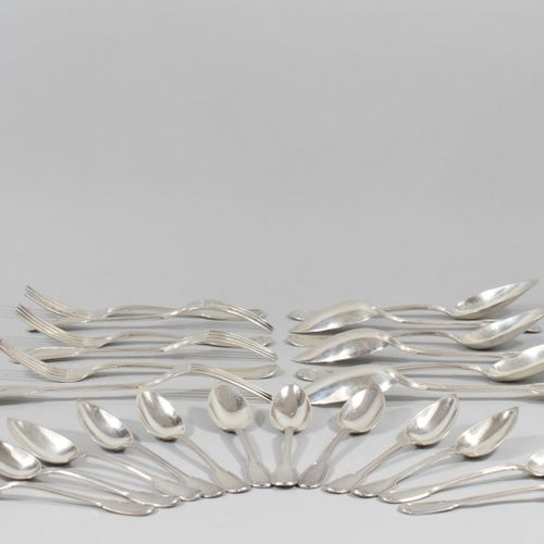Part of a household silver model net composed of :   6 soup spoons   6 table for…