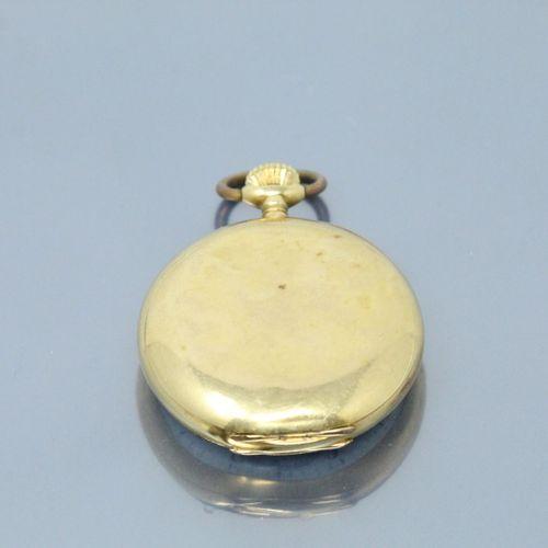 LONGINES  Montre de gousset en or jaune 18k (750), cadran à fond émaillé blanc e…