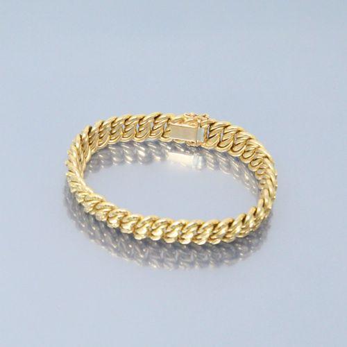 Bracelet en or jaune 18k (750) à maille américaine.  Poinçon de maître.  Poinçon…