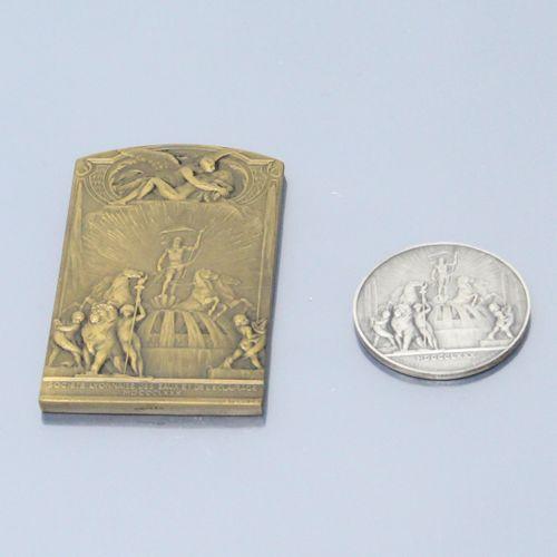 Deux médailles de la Société Lyonnaise des eaux et de l'éclairage d'ap. Guillonn…