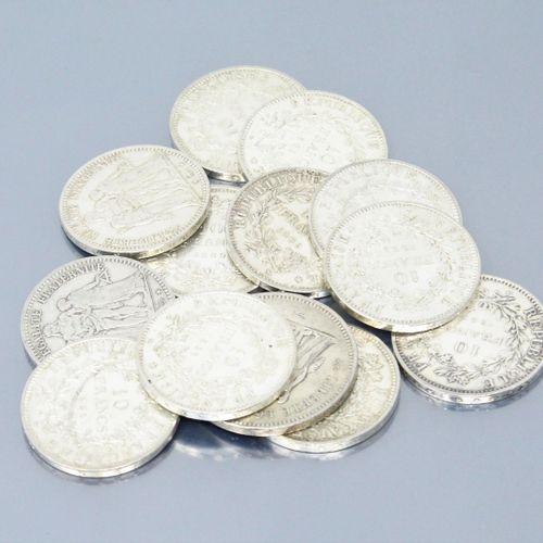 "Pièces en argent de type "" Hercule "" :   50 F : 1976   10 F : 1965 (x6) 1966 (x1…"