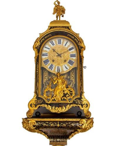 France, console clock with Boulle technique, ca. 1720, executed with ringing and…