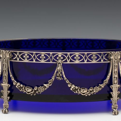 Jardinière, louis XVI stijl, oval container decorated with a.O. Flower garlands,…
