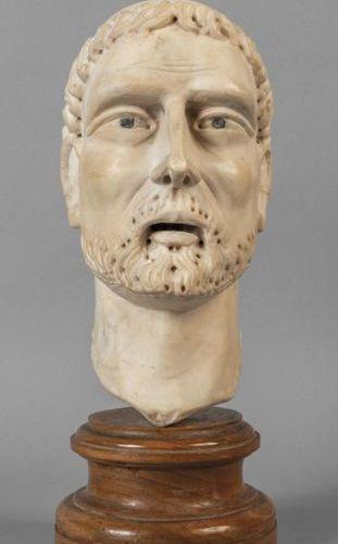 OGGETTISTICA Sculpture de tête en marbre début XIXh .Cm.25 sec .25